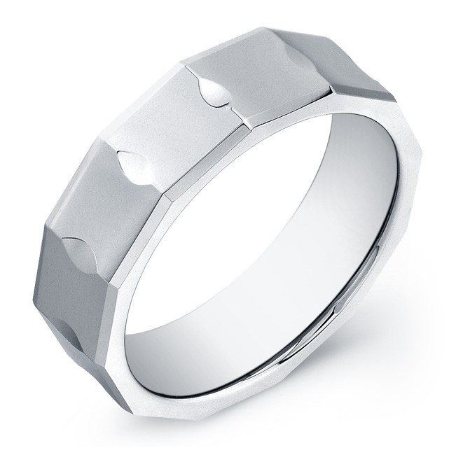 7mm Tungsten Carbide ring with a faceted top